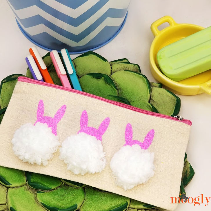 Bunny Pom Pouch - Quick Cricut Craft Tutorial on Moogly