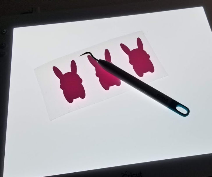 Bunny Pom Pouch - weeding