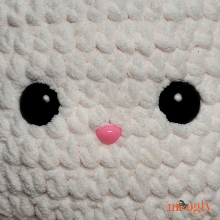Bunny Squish - face closeup