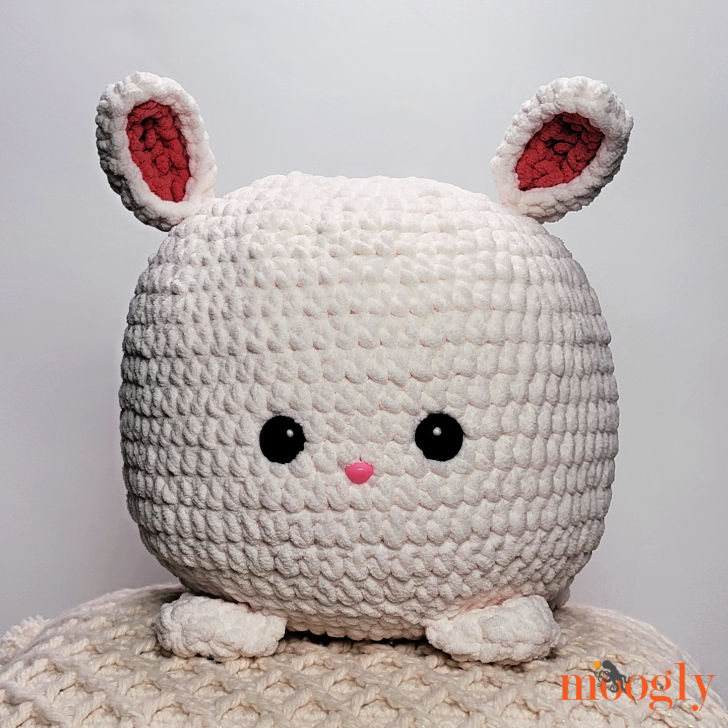 Bunny Squish - free crochet pattern on Moogly!