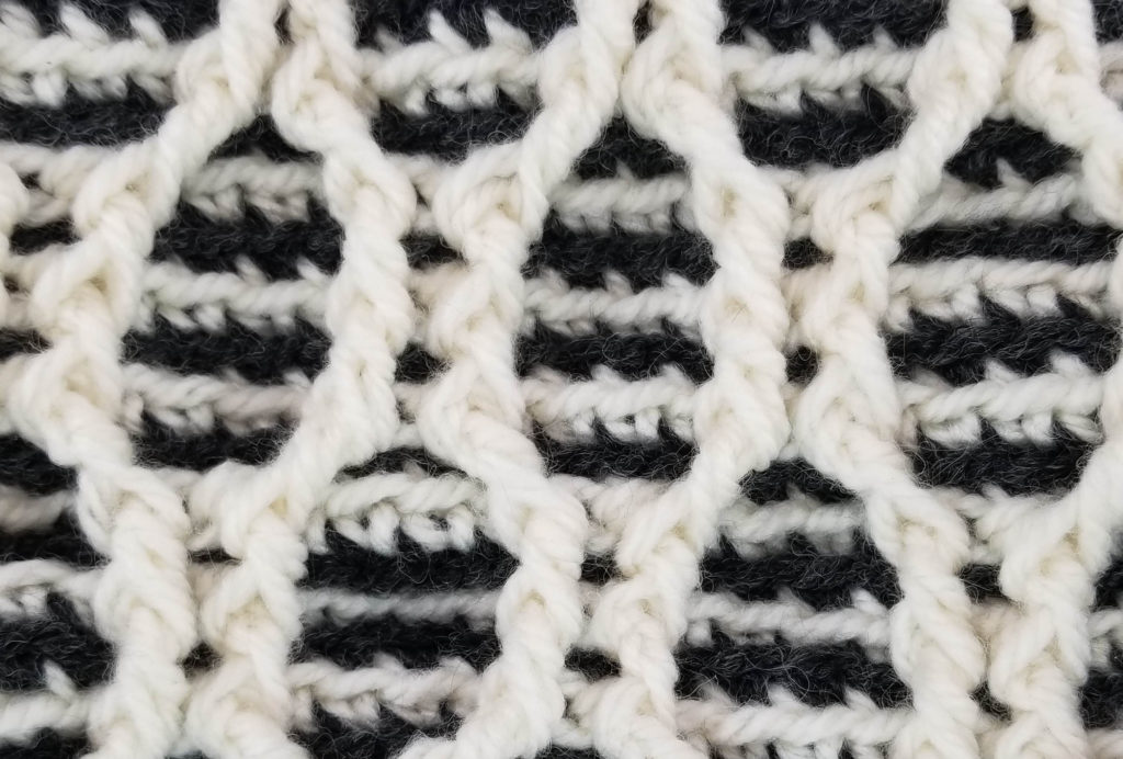 Striped Hourglass Basket - stitch pattern closeup