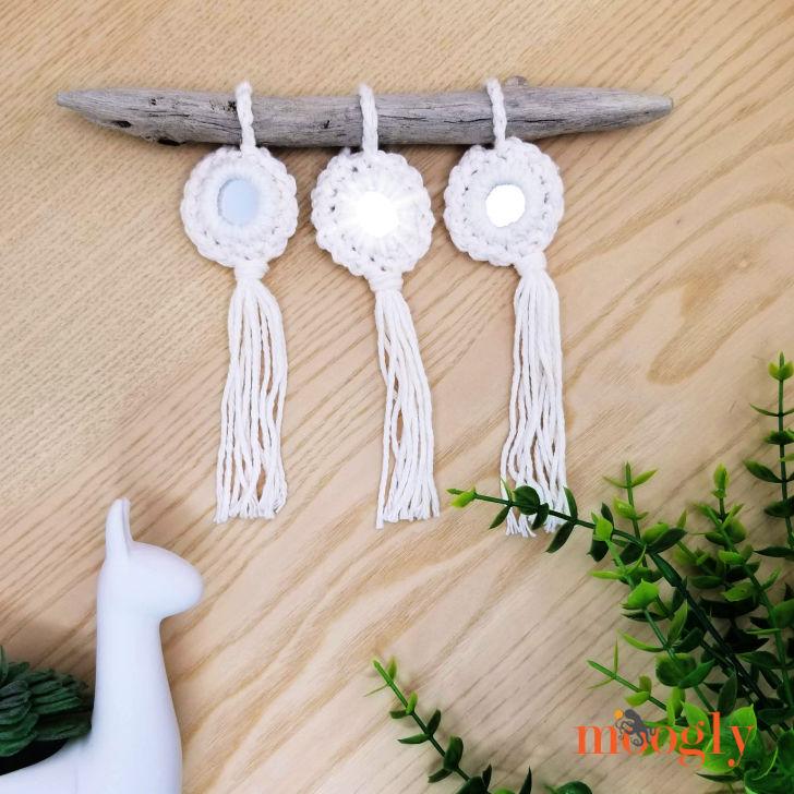 Mirror Sparkle Ornament - free crochet pattern on Moogly