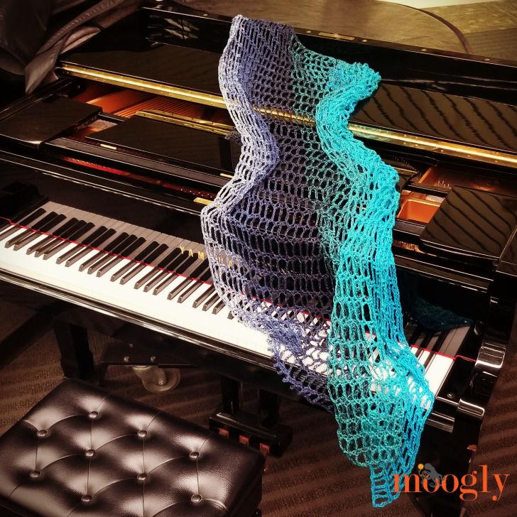 Artfully Simple Angled Wrap - Free Crochet Pattern on Moogly