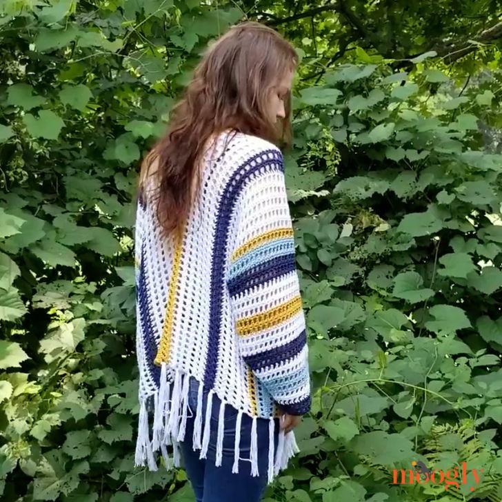 Summer Staple Sweater - free crochet pattern on Mooglyblog.com
