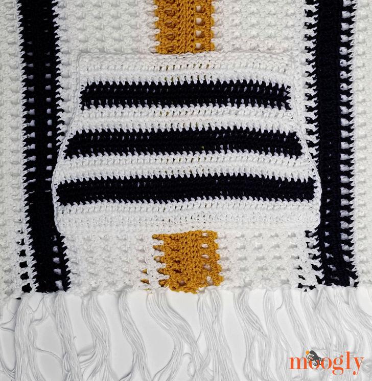 Summer Staple Sweater - Pocket and Fringe Closeup