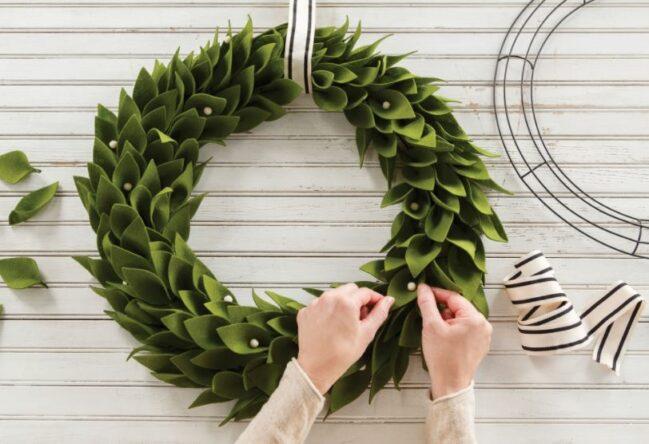 Annie's Farmhouse Style Kit Club - wreath 2