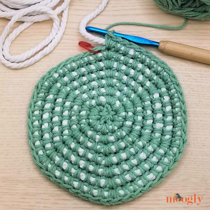 Crochet Cord Nesting Bowls - WIP closeup