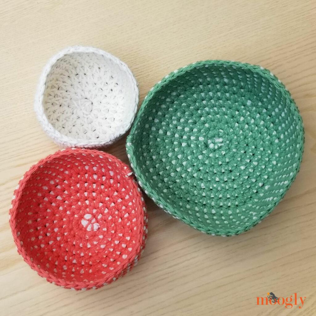 Crochet Cord Nesting Bowls - overhead3